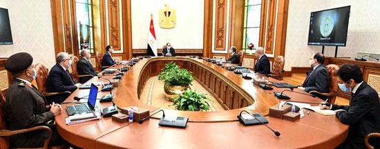 اجتماع الرئيس عبد الفتاح السيسي اليوم، الأحد، مع الدكتور مصطفى مدبولي رئيس مجلس الوزراء،