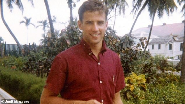 ظهر بايدن في الستينيات خلال سنوات دراسته الجامعية