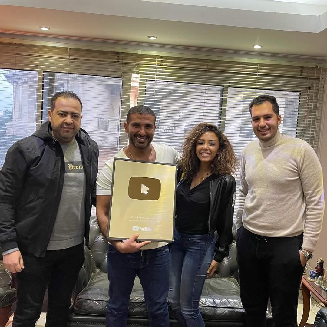 درع يوتيوب الذهبى لاحمد سعد