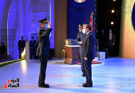 كلمة الرئيس السيسى فى الاحتفال بعيد الشرطة (8)