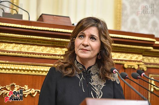الجلسة العامة بمجلس النواب (6)