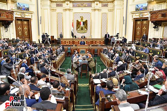 النواب بالقاعة الكبرى للمجلس
