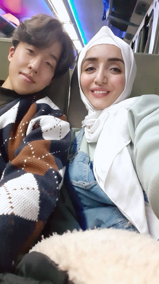 مايا وزوجها