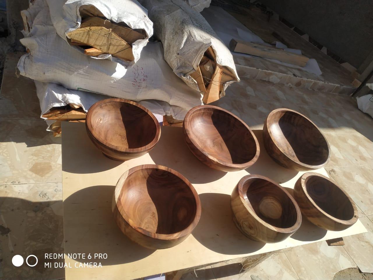 صناعة اطباق خشبية