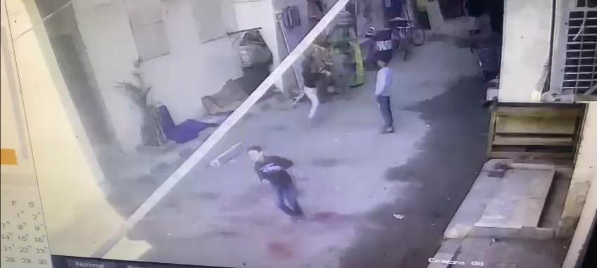 إصابة طفل سقط عليه مخلفات هدم أثناء إزالة غرفة بعقار مخالف (1)
