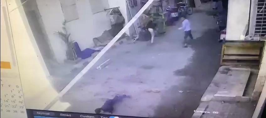 إصابة طفل سقط عليه مخلفات هدم أثناء إزالة غرفة بعقار مخالف (2)