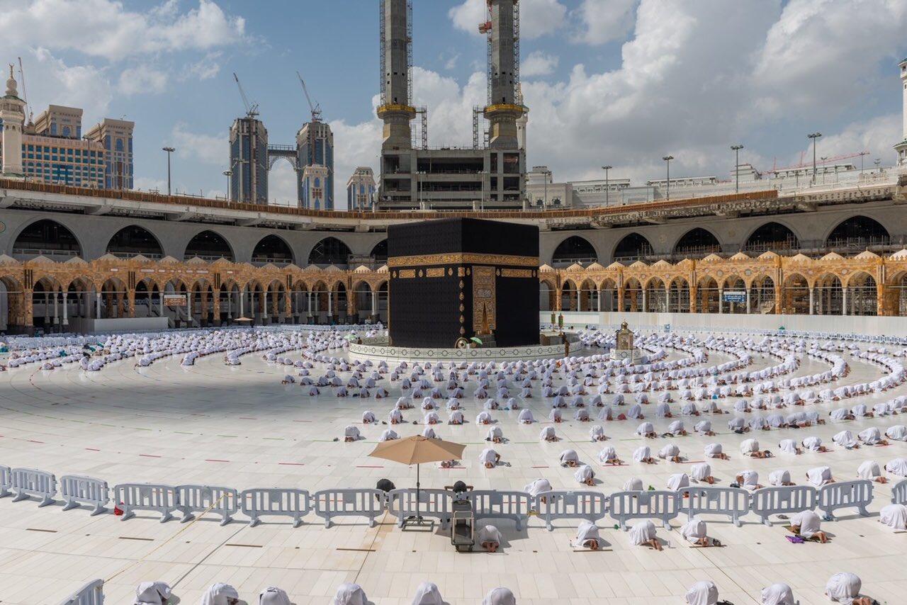 صلاة الجمعة فى المسجد الحرام  (4)
