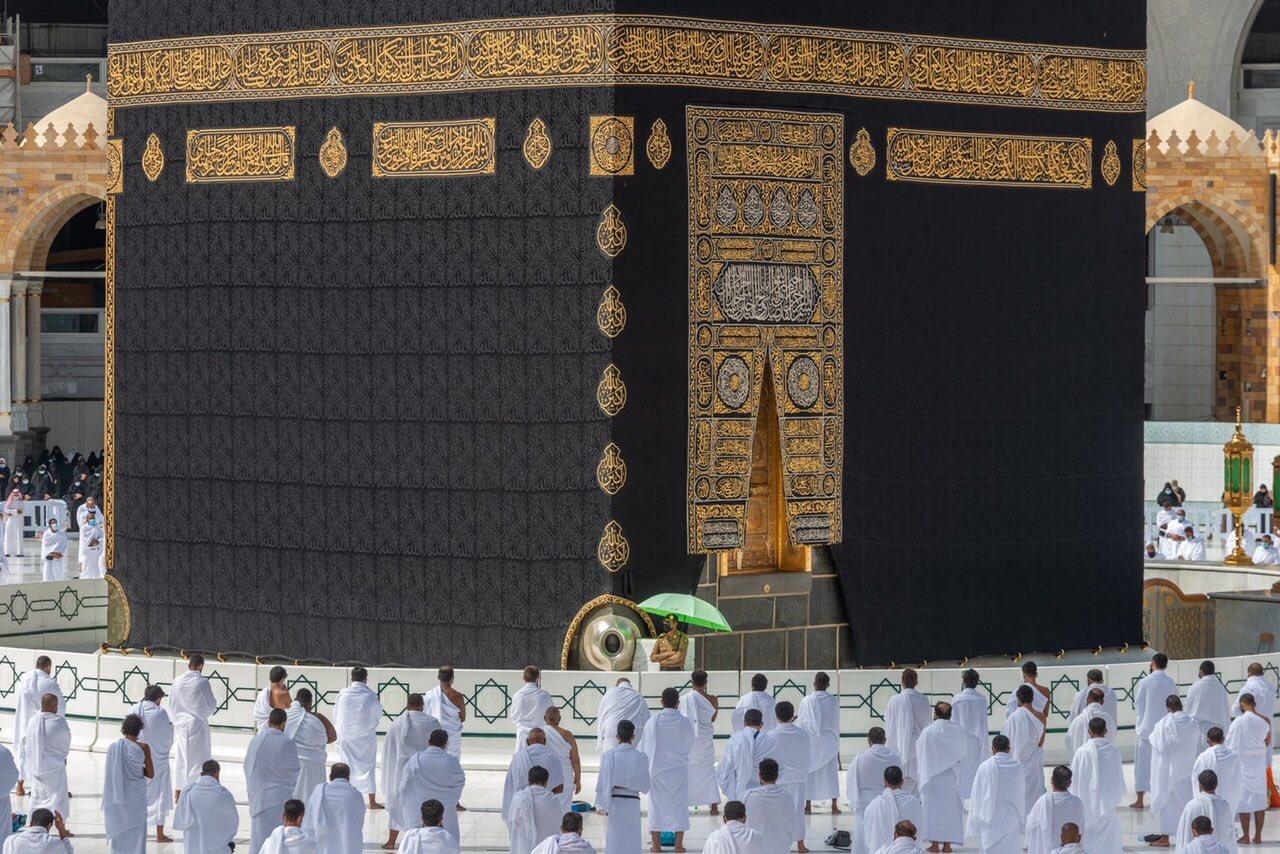 صلاة الجمعة فى المسجد الحرام  (6)