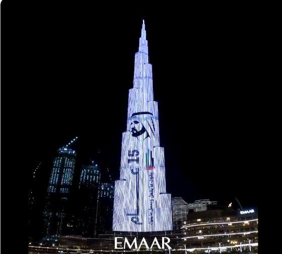 برج خليفة يحتفي بمرور 15 عاما على تولي محمد بن راشد رئاسة حكومة الإمارات