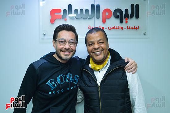 الفنان أحمد زاهر والزميل عادل عبد الله