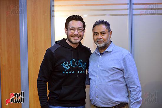 أحمد زاهر مع الزميل محمد رشاد
