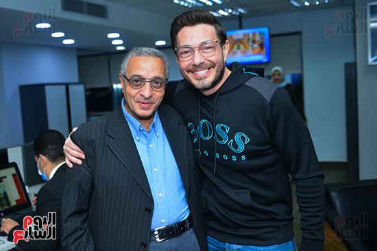 أحمد زاهر وسامى وهيب رئيس قسم التصوير