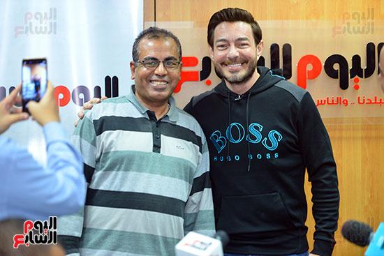الفنان أحمد زاهر والكاتب الصحفى محيى سعيد