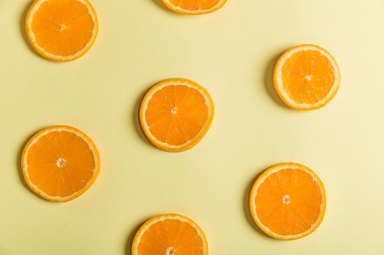 وصفات طبيعية من البرتقال للعناية بالبشرة