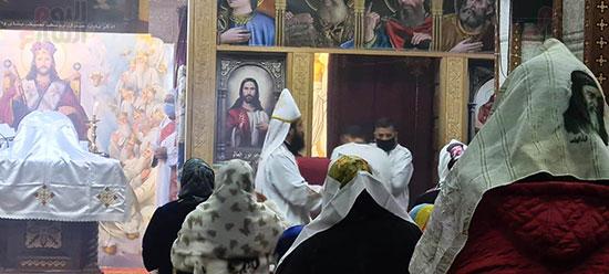 كنائس القاهرة تستأنف القداسات (7)