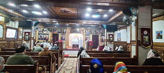 كنائس القاهرة تستأنف القداسات (12)