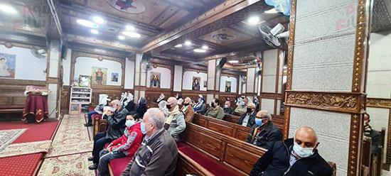 كنائس القاهرة تستأنف القداسات (10)