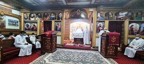 كنائس القاهرة تستأنف القداسات (9)