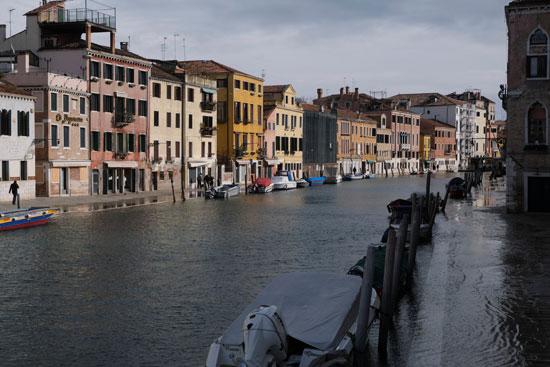 إلغاء مهرجان البندقية فى روما (6)