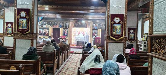 كنائس القاهرة تستأنف القداسات (16)