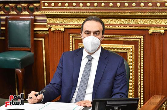 المستشار أحمد مناع أمين عام مجلس النواب