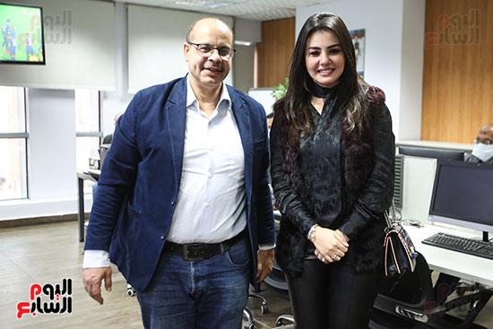 الفنانة دينا فؤاد والكاتب الصحفى أكرم القصاص