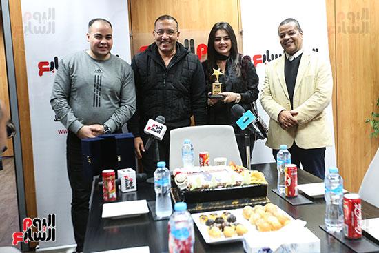 تكريم دينا فؤاد فى اليوم السابع بحضور الكاتب الصحفى خالد صلاح وعمرو صحصاح رئيس قسم الفن