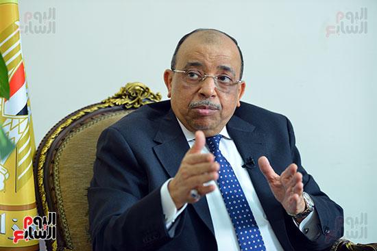 وزير التنمية المحلية فى أجرأ حوار مع خالد صلاح على تليفزيون اليوم السابع (7)