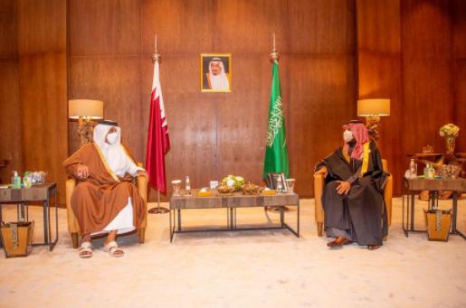 ولي عهد السعودية يلقتى بتميم بن حمد