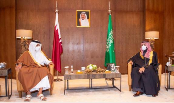 لقاء محمد بن سلمان وأمير قطر