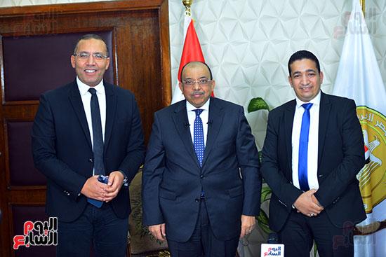 وزير التنمية المحلية فى أجرأ حوار مع خالد صلاح على تليفزيون اليوم السابع (2)