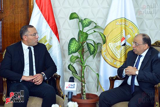 وزير التنمية المحلية فى أجرأ حوار مع خالد صلاح على تليفزيون اليوم السابع (6)