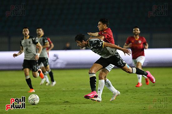 طاهر محمد طاهر لاعب الاهلي
