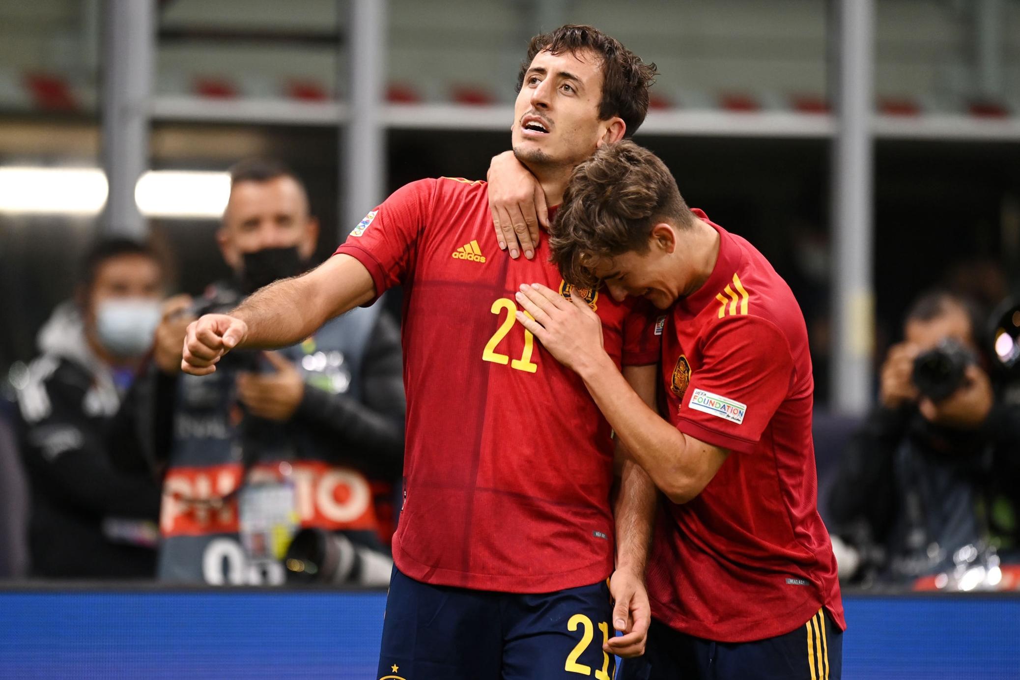 فرحة لاعبى إسبانيا