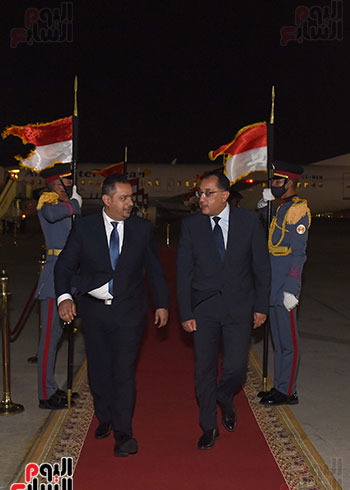 رئيس مجلس الوزراء يستقبل نظيره اليمنى (4)