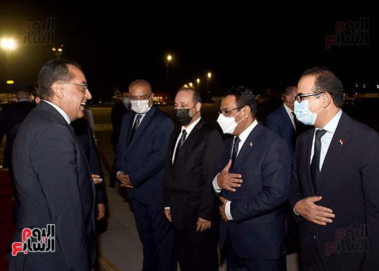 رئيس مجلس الوزراء يستقبل نظيره اليمنى (7)