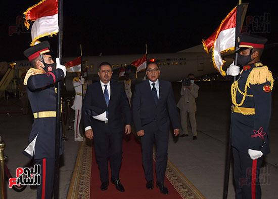 رئيس مجلس الوزراء يستقبل نظيره اليمنى (3)