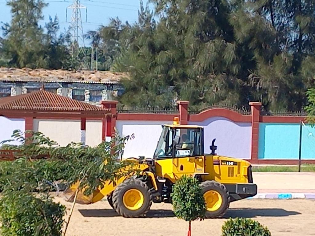 رئيس مركز ومدينة بيلا يتفقد المدرسة المصرية اليابانية بقرية إبشان (11)