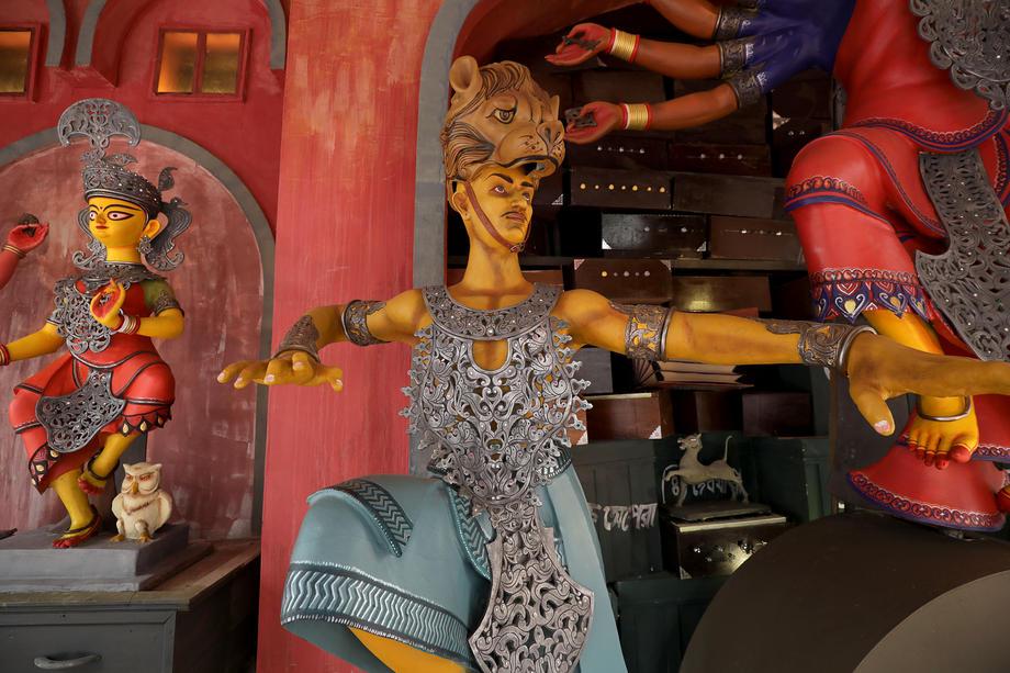 منظر من الصلصال للإلهة دورجا