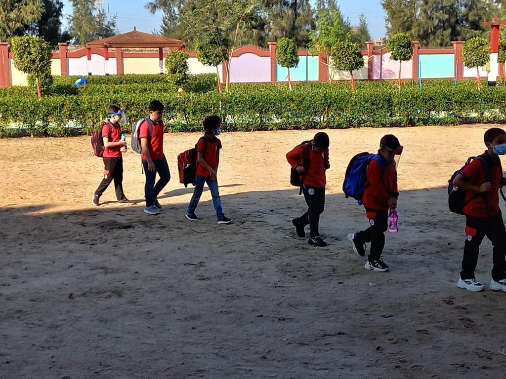 رئيس مركز ومدينة بيلا يتفقد المدرسة المصرية اليابانية بقرية إبشان (6)