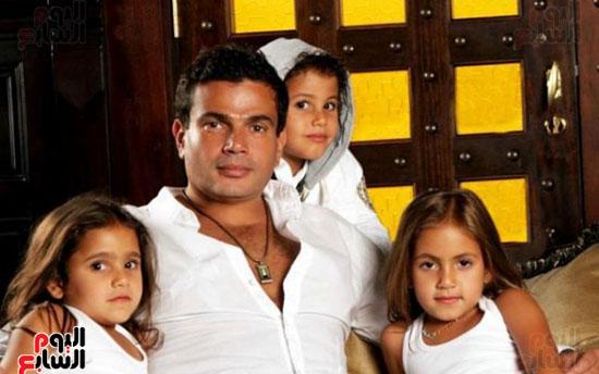 عمرو دياب و ابنائه