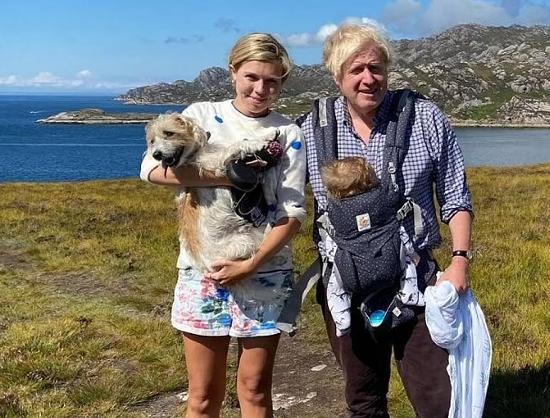 رئيس وزراء بريطانيا وزوجته