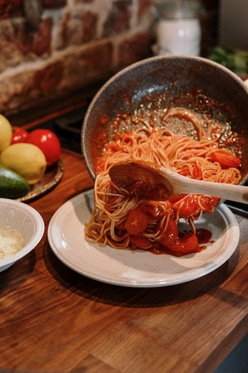 How to make municipal sausage with pasta