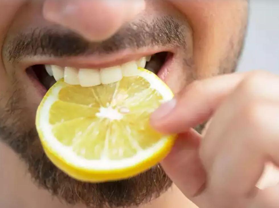 Citrus fruits are rich in vitamin C