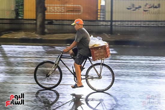 سقوط أمطار خفيفة ومتوسطة (8)