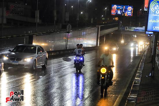 سقوط أمطار خفيفة ومتوسطة (4)