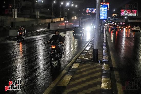 سقوط أمطار خفيفة ومتوسطة (10)