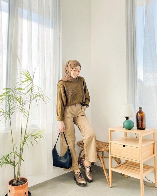 أفكار لتنسيق ملابس التريكو مع الحجاب (19)
