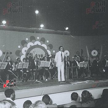 محمود ياسين فى احد الحفلات