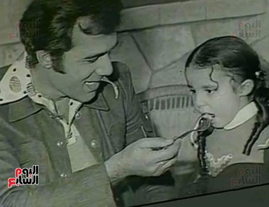 محمود ياسين و ابنتة
